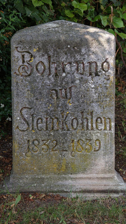 Gedenkstein Bohrloch